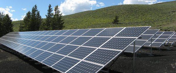 Két monori fotovoltaikus projekttársaság megvásárlásáról írtunk alá magállapodást.