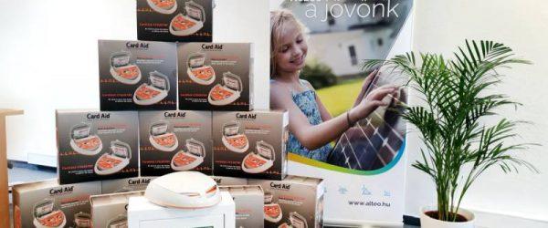 Az ALTEO munkavállalóinak egészége és biztonsága érdekében 12 CardiAid AED defibrillátort vásárolt.