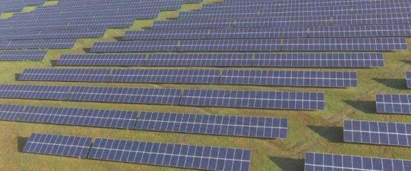 Összesen 17 072 db 285W-os polikristályos napelemekből álló, 4 MW teljesítményű monori naperőmű.